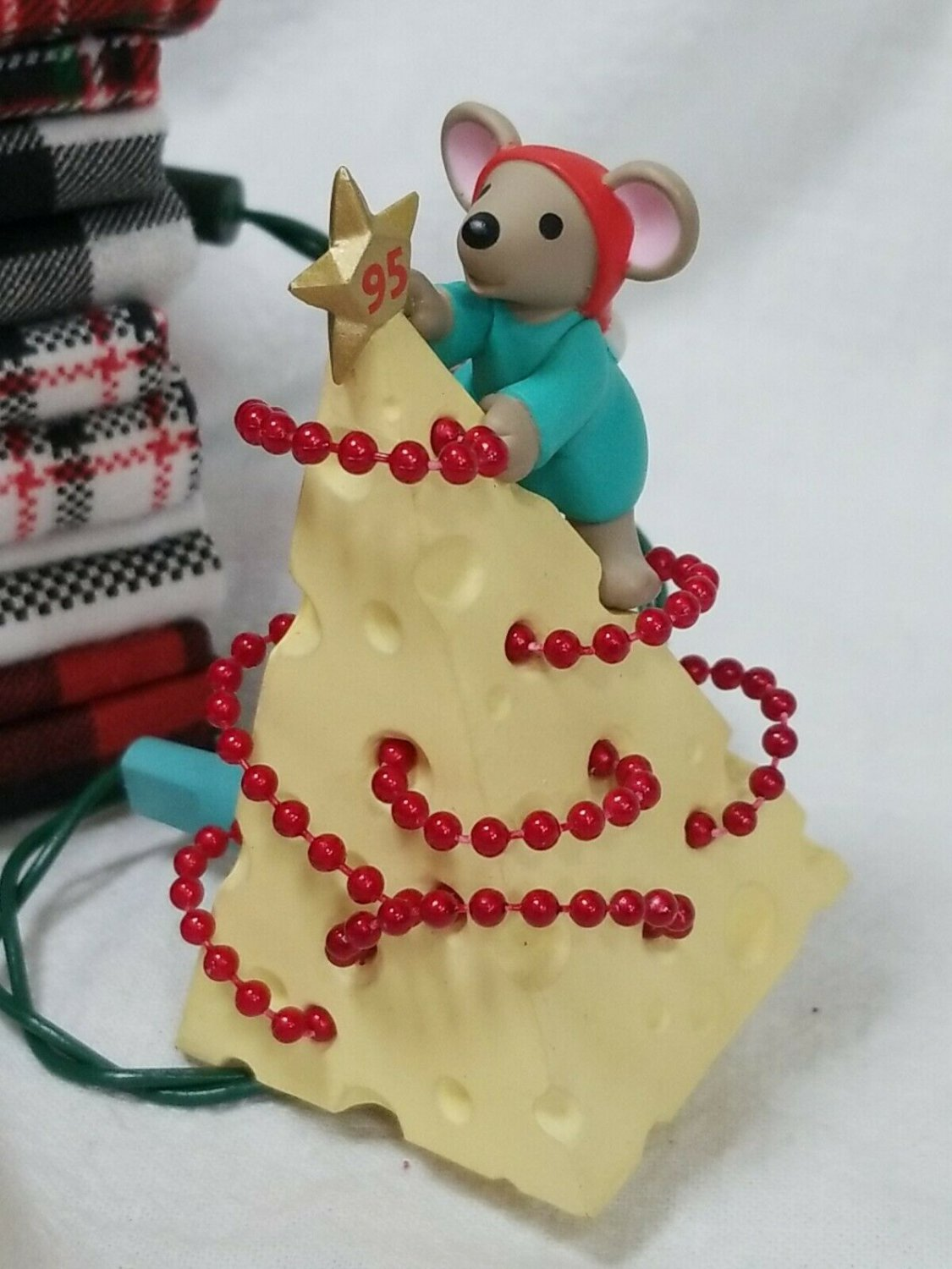 Hallmark 'Chris Mouse Tree' Light-Up/Magic 1995 Ornament