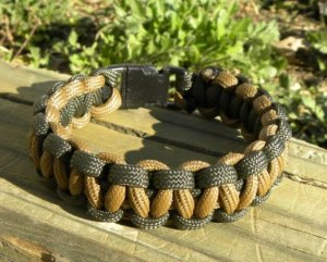9 Inch Coyote Brown & Olive Drab Paracord Bracelet