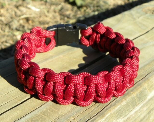 9 Inch Burgundy Paracord Bracelet