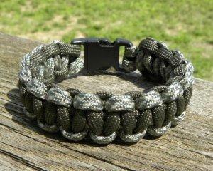 9 Inch ACU & Olive Drab Paracord Bracelet