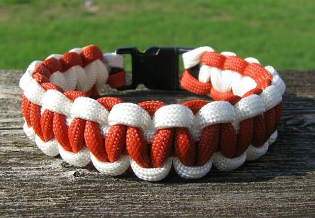 8 Inch University of Texas Themed Paracord Bracelet