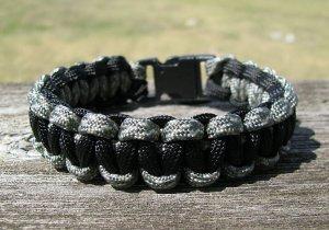 9 Inch ACU & Black Paracord Bracelet