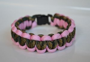 8 Inch Military Wife (Woodland Camo & Rose Pink) Paracord Bracelet