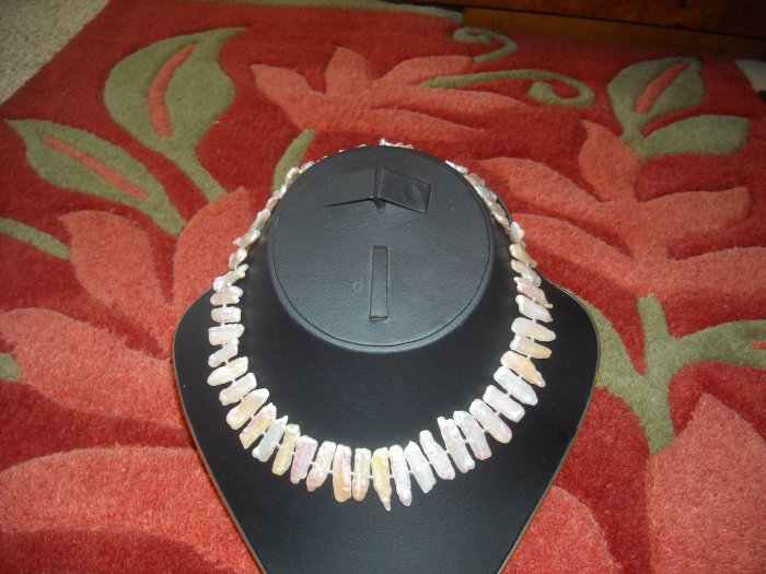 BIVA  /  STICK PEARLS NECKLACE