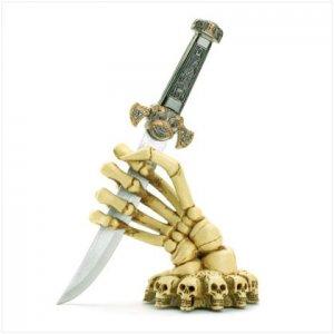 Skeleton Hand Base With Knife