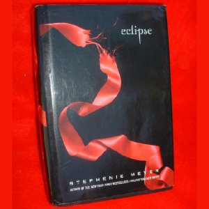"""ECLIPSE"" Stephenie Meyer Book HB 629 Pages Like New"