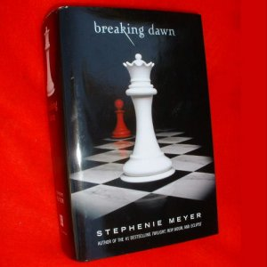 BREAKING DAWN Stephenie Meyer Book HB 758 Pages Like New