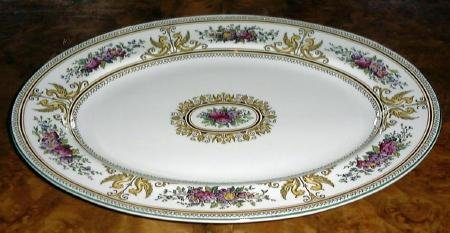 Wedgwood Columbia Enameled 15 in Oval Serving Platter England