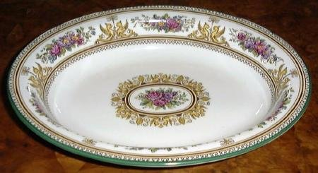 COLUMBIA Enameled Wedgwood Oval Vegetable Bowl