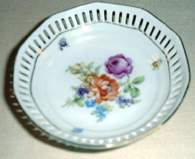 "4"" DRESDEN FLOWERS Pierced Dish by Schumann Bavaria Germany #3"