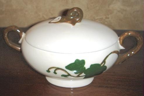 Vintage Sugar Bowl by Poppytrail Metlox California Ivy