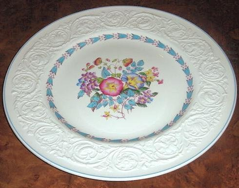 MORNING GLORY Wedgwood Patrician 13 in Chop Serving Plate