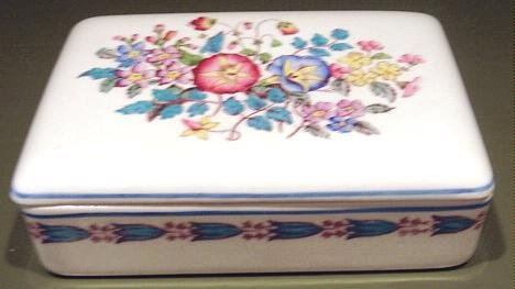 MORNING GLORY Decorative Box with Lid Wedgwood Patrician