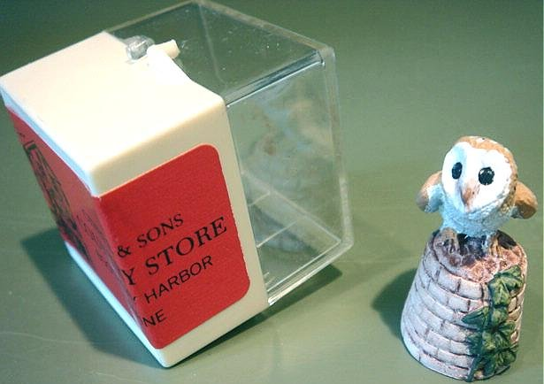 Vintage Painted Pewter Figural Owl Thimble #3 Made in England