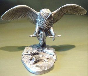 Majestic Limited Edition Hudson Pewter Owl Figurine