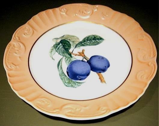 """Mottahedeh Summer Fruit PLUMS Porcelain 8"""" Plate Portugal"""
