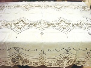 Elaborate Vintage HANDMADE Linen & Needlepoint Lace Tablecloth, Cloth #91