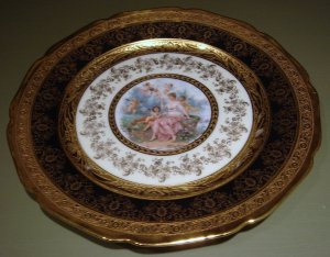 "10 3/4"" Bohemian Gold Hand Decorated Porcelain Plate Figural Cherubs"