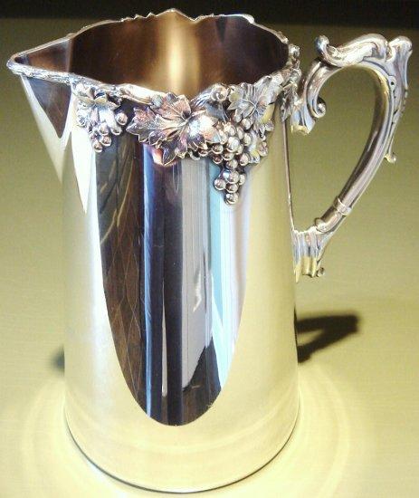 ca 1912 Vintage Ellis Barker Silver Plated Pitcher Grapes