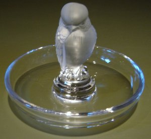 Lalique Crystal & Frosted Glass Sparrow Pin Tray