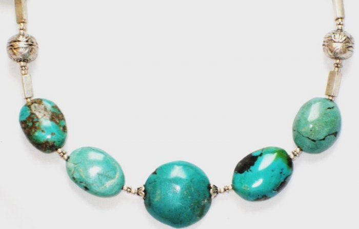 TQ028       Turquoise Necklace