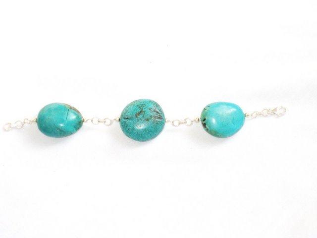 TQ050       Turquoise Bracelets