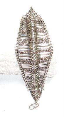 AQ038       Bracelet in Sterling Silver
