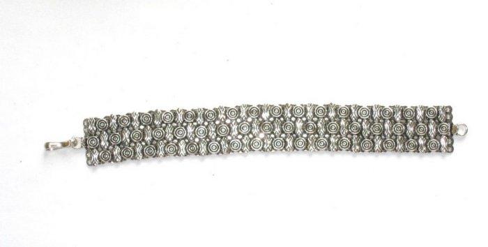 AQ040       Bracelet in Sterling Silver