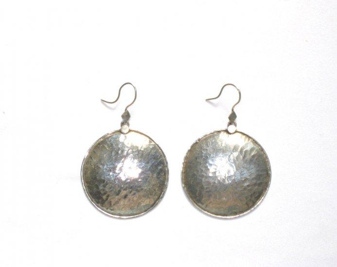 AQ053      Earrings in Sterling Silver