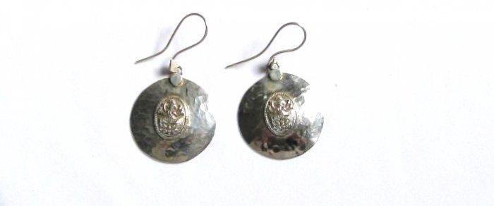 AQ062     Earrings in Sterling Silver