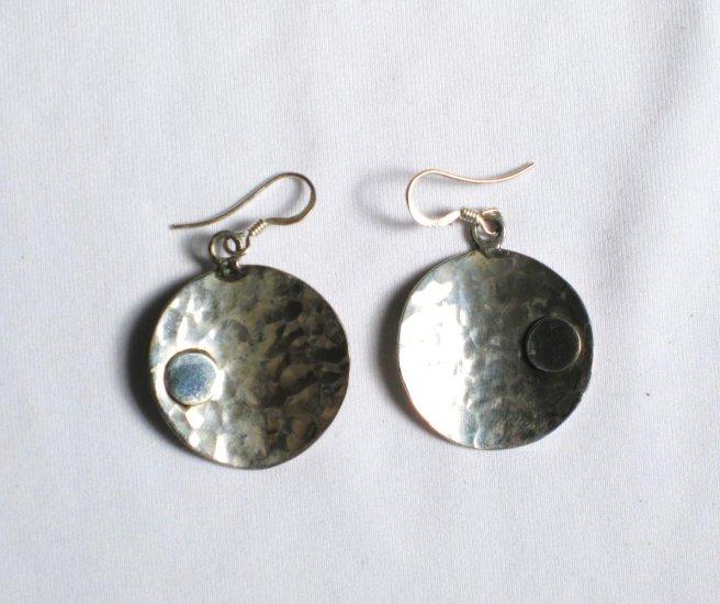 AQ066     Earrings in Sterling Silver