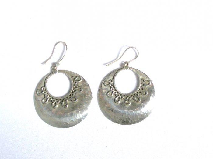 AQ071     Earrings in Sterling Silver