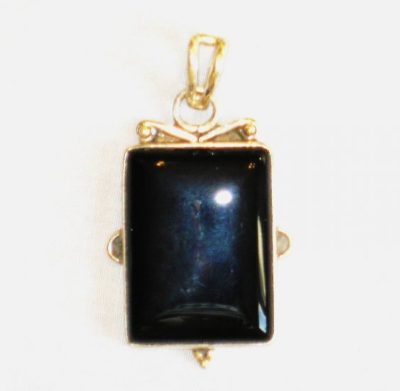 PN346 Onyx Pendant in Sterling Silver