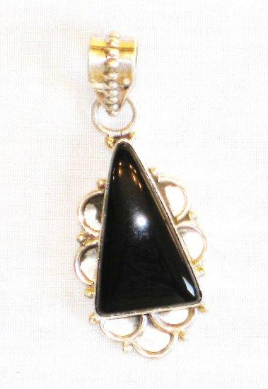 PN351 Onyx Pendant in Sterling Silver