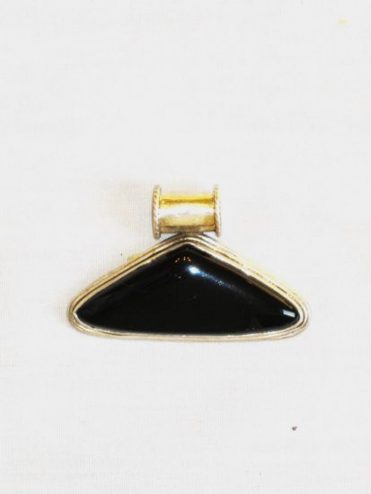 PN364 Onyx Pendant in Sterling Silver