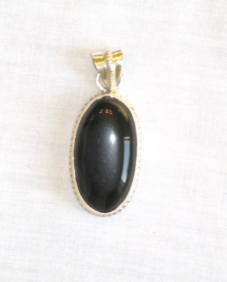 PN375 Onyx Pendant in Sterling Silver