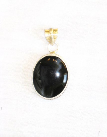 PN377 Onyx Pendant in Sterling Silver
