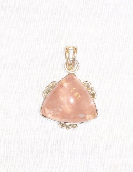 PN491 Rose Quartz Pendant in Sterling Silver