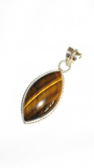 ST634 Tiger's Eye Pendant in Sterling Silver