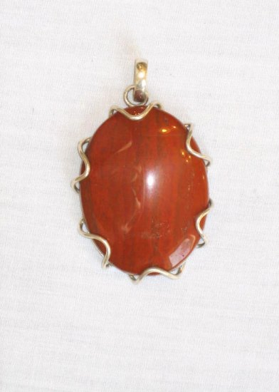 PN459 Red Jasper Pendant in Sterling Silver