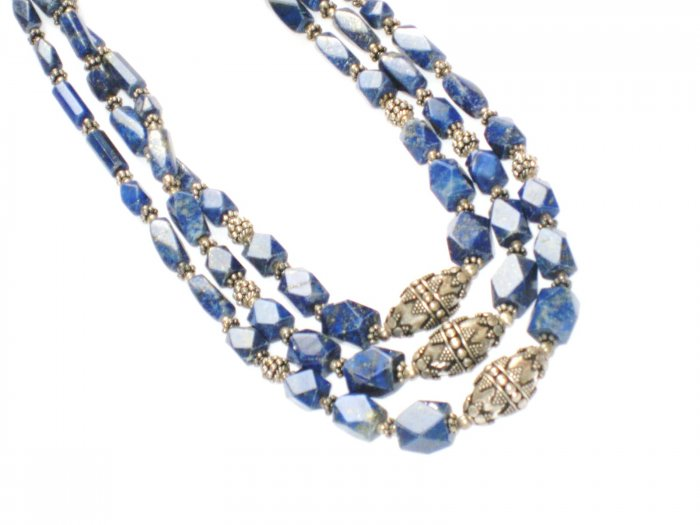 ST087       Lapis Lazuli Necklace in Sterling Silver