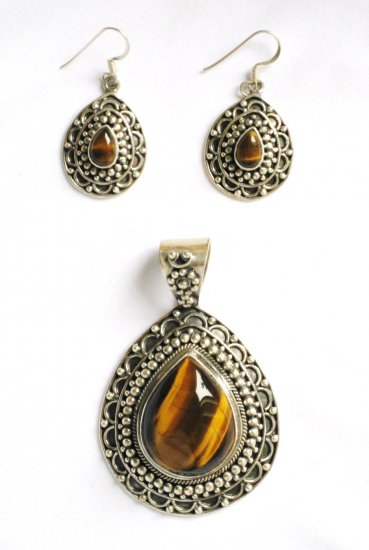 ER105 Tiger's Eye Pendant and Earrings Set in Sterling Silver