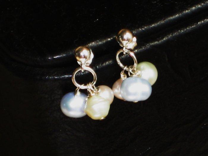ST334  Pearl Earrings in Sterling Silver