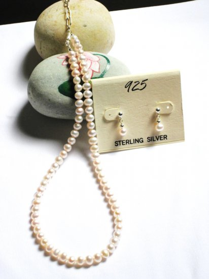 ST326  Pearl Necklace and Earrings Set in Sterling Silver