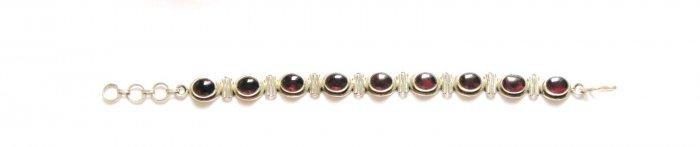 ST150 Garnet Bracelet in Sterling Silver