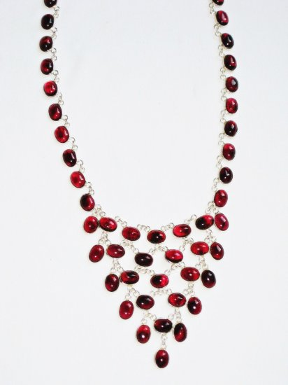 ST374 Garnet Necklace in Sterling Silver