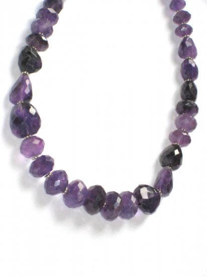 ST068      Amethyst Necklace  in Sterling Silver