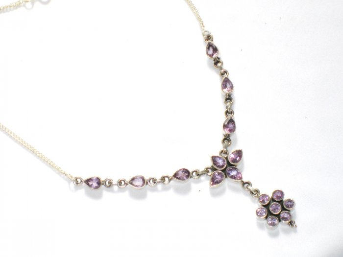 ST255      Amethyst Necklace in Sterling Silver