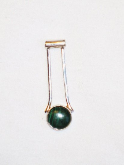 PN092 Malachite Pendant in Sterling Silver