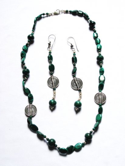 ST189 Malachite Necklace and Earrings Set in Sterling Silver